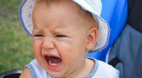 כשילדים גדלים עם אובדן כרוני, ללא הגנה פסיכולוגית או פיזית, הם חווים ומבטאים פחד מדהים מנטישה. אי קבלת ההגנה הפסיכולוגית או הגופנית הנדרשת להם, שווה לנטישה. בנוסף, החיים עם חוויות […]
